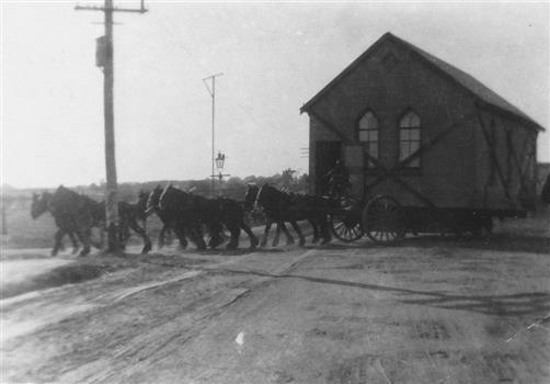 Moving Church using plateway on Center Road, East Bentleigh