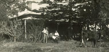 August Rietmann Frieda Stefanie Box Cottage c 1918 (1 of 2)