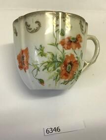 Cup, Victoria Porcelain Co. (Schmidt), Moustache cup, 1900c