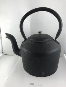 Domestic object - Kettle, T & C Clark & Co. Ltd, 1920c