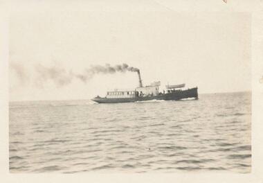 Photograph, 1925