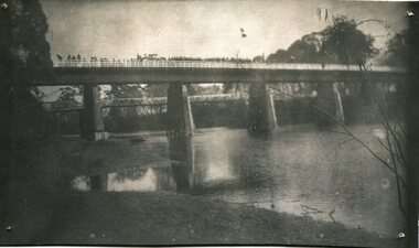 black and white photograph, July 1922