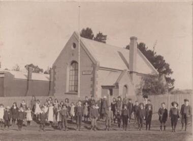 Photo, W, H. Poiner, Waubra State School, 1906