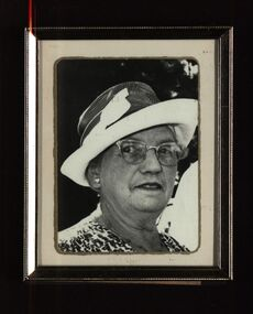 Photographs - black and white, Mary Coghill Holmes, 1988