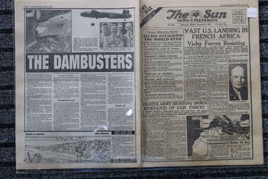 Newspaper - My War 33 Te Sun Newspaper dated 8/11/1942 - Vast Landings in French Africa, Daily newspaper covering World War 2  Vast Landings in French Africa