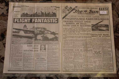Newspaper - Te Sun Newspaer Special Dated 9/9/1940 - My War Part 10 - Frightfulness Raids On London, The Sun Newspaper - Special - Crowded Civilian Areas Bombed - 400 Dead Nazis Lose 88 Machines