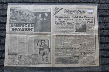 Newspaper - The Sun Newspaper Dated 20/8/1942 - Special - My War Part 29 - Commando Raid On France, Local Newspaper Dated 20/8/1942 - My War Part 29 - Commando Raid On France - Te Dieppe Disaster