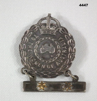 Mothers and widows badge with two stars WW2