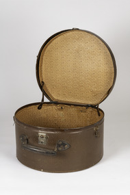 Functional object - Round Leather Hat box