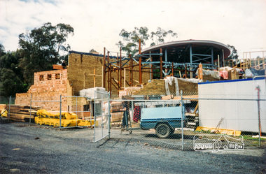 Photograph, Cr. Peter Graham, Steel posts in the library foyer entrance and display area, Eltham Library construction, Oct 1993, 1993