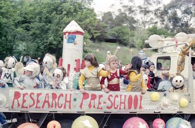 Photograph, Eltham Festival Parade, Nov 1982, 1982