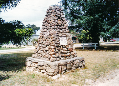 Photograph, Hume and Hovell Monument, Swanpool, Spring Excursion, Hume and Hovell's 1824 expedition (Part 2), 26 October 1997, 26/10/1997