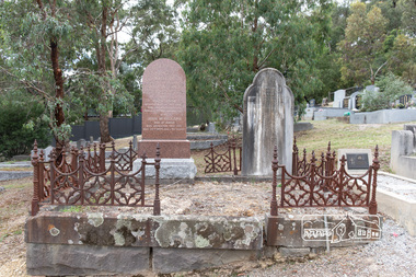 Photograph, Peter Pidgeon, Graves of William J and Mary Jane (nee Vance) Crozier and their sons Thomas Vance and John McClelland Crozier, Eltham Cemetery, Victoria, 5 April 2021