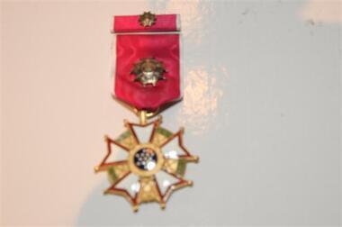 Medal & Ribbon