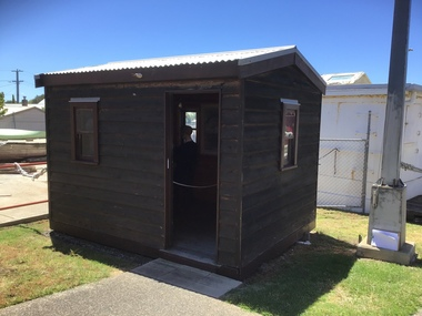 Timber shed built as a replica of original Shed used in Point Lonsdale to send first wireless message to Devonport, Tasmania