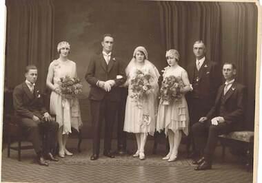 CLOONAN FAMILY COLLECTION: WEDDING PHOTO