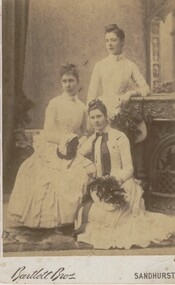 ELMA WINSLADE WELLS COLLECTION: PHOTO OF THREE YOUNG LADIES