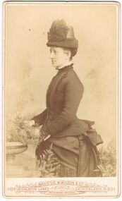 ELMA WINSLADE WELLS COLLECTION: PHOTO OF 'GREAT AUNT ALICE MOORE'