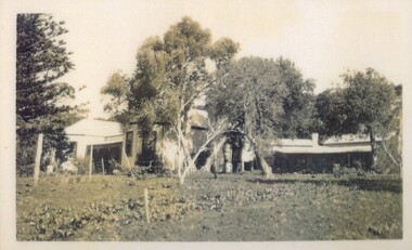 Photograph of Amess House and Rogers' Cottages