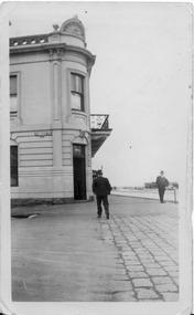 2036 - Doorway, London Family Hotel, 1937