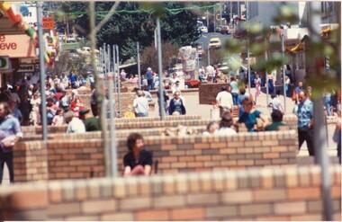 Bridge Mall being built, Max Harris