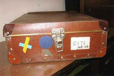 Nurse Laundry case, unknown