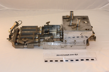Radiological equipment, Stuart Morson's mechanical injector for angiography
