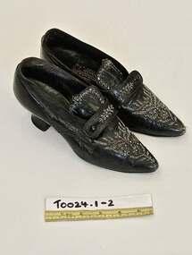 Shoes, 1880-1900