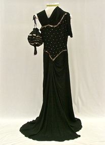 Evening outfit, Evening dress and bag, 1940s