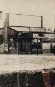 Photograph (Item), B/W Photo Of Gleesons Shop Mollison St Malmsbury C1940