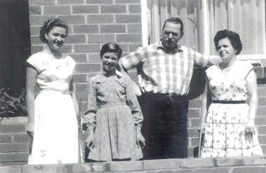 Photo, Family Bole, 1956, Pascoe Vale, 1956