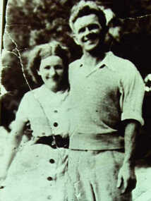 000396 - Photograph - Alice and Tom Evans - buried Inverloch - from Noelle Green