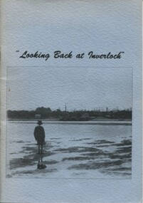 004419 - Book - November 1988 - E P Brewster Looking Back at Inverloch - Woorayl Shire Historical Society - from Albert Pinkster