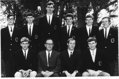 Photograph - Black and white print, Information Branch Victorian Department of Agriculture, Student and Staff Group, 1968