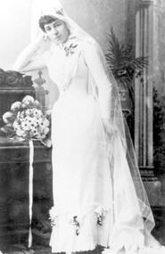 Photograph, Wedding portrait of Mrs Helen M Smith, 1891