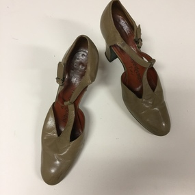 Pair of Women's Brown Leather Shoes