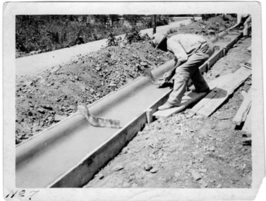 Instructional photograph: using concrete in street kerbs