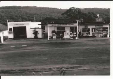 Service Station, White Swan Garage