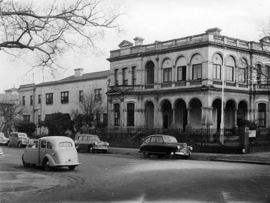 A view of the Melbourne District Nursing Society Headquarters, 452 St. Kilda Road
