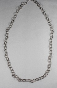 Silver toned Link Chain Necklace from the Sarah Coventry Jewellery Range c. 1970s-1980s