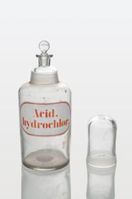 Reagent Bottle & Cup