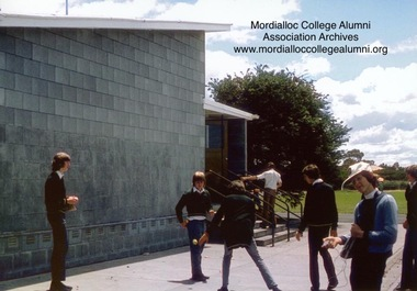 Photograph, 1978 - Mordialloc-Chelsea High School Students playing wall ball
