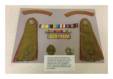 WW2 and WW1 insignia from Czechoslovak Lieutenant uniform KIA at The Siege of Tobruk, Siege of Tobruk KIA