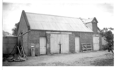 Photograph of stables behind bank building, Tarnagulla, Stables behind bank building, Tarnagulla, circa 1970s