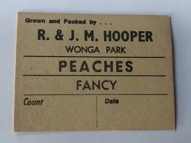 Fruit Case Labels, Labels from R &J.M.Hooper Wonga Park, 1980